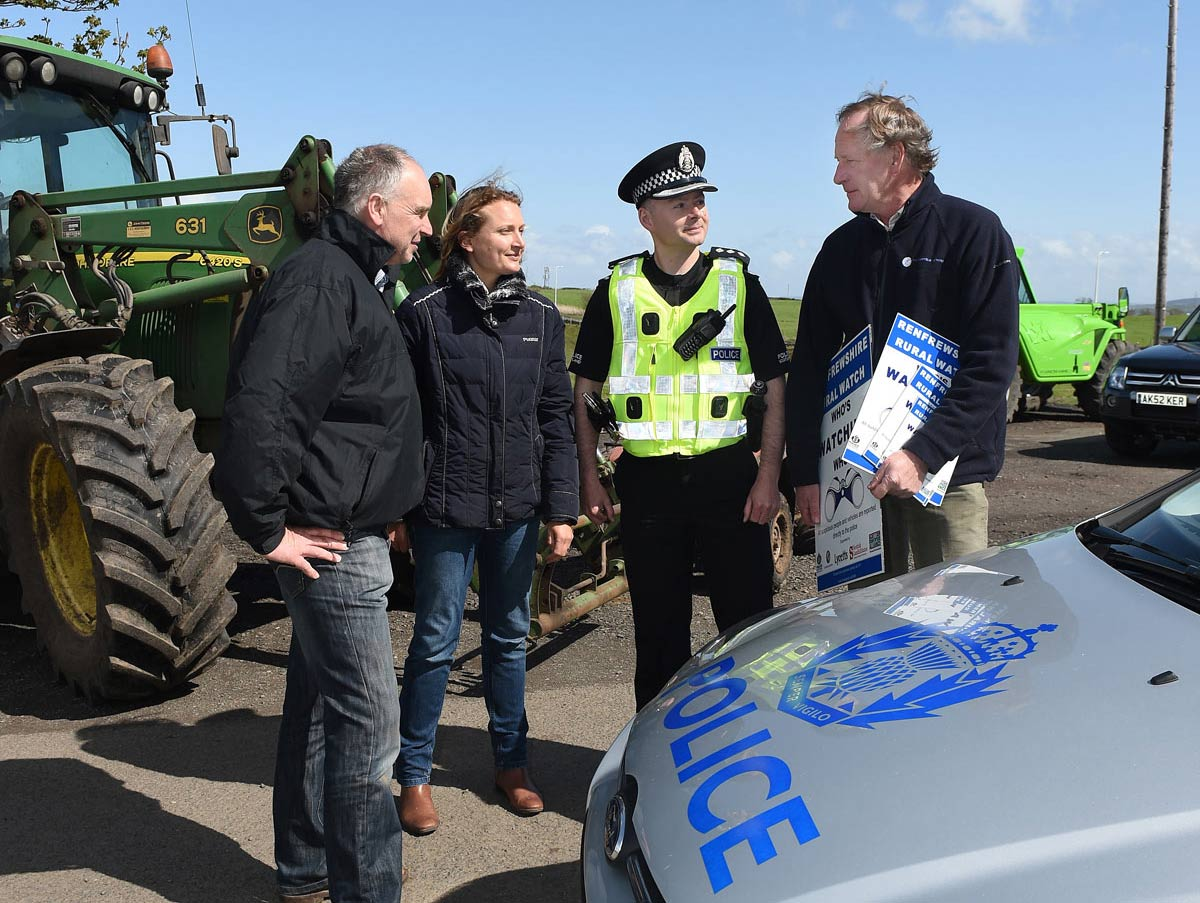 Renfrewshire Rural Watch - Local community alonside the Police. photo © Ian Watson